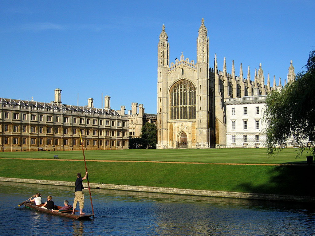 1. Cambridge. Clare College (left), King's College Chapel (middle) / andrewdunnphoto.com